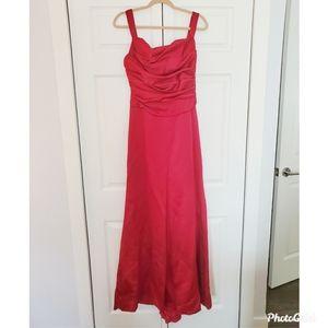 Vera Wang Deep Rose Floor Lenght Gown
